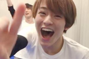 子犬のような顔立ちで笑顔が可愛い松倉海斗