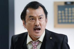 吉田鋼太郎が銀座ママと離婚危機?