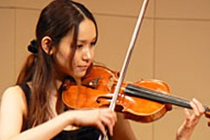若旅菜穂子(わかたびなおこ)はバイオリン奏者