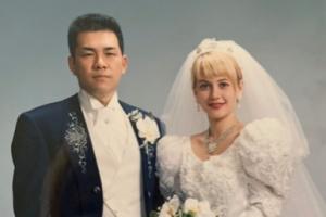 村重杏奈の父と母の結婚当初の写真